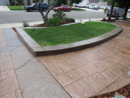 a picture of flagstone pavers in stanislaus county