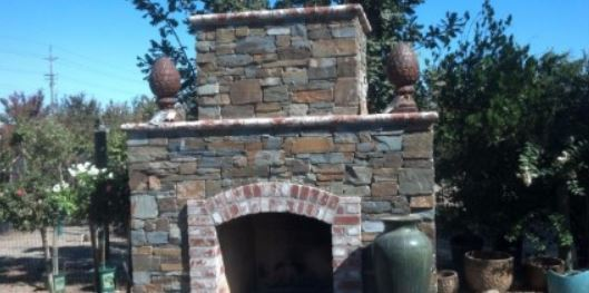 an image of a stone veneer masonry project in modesto, ca
